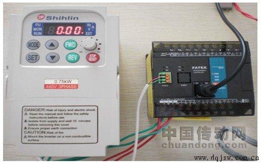 图1 永宏PLC控制士林变频器自由口通讯实物图-永宏PLC自由口通讯任
